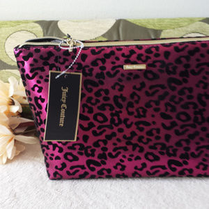 NWT JUICY COUTURE Pyramid Beauty Bag
